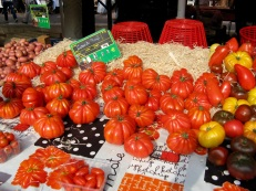 Cool tomatoes in Nice